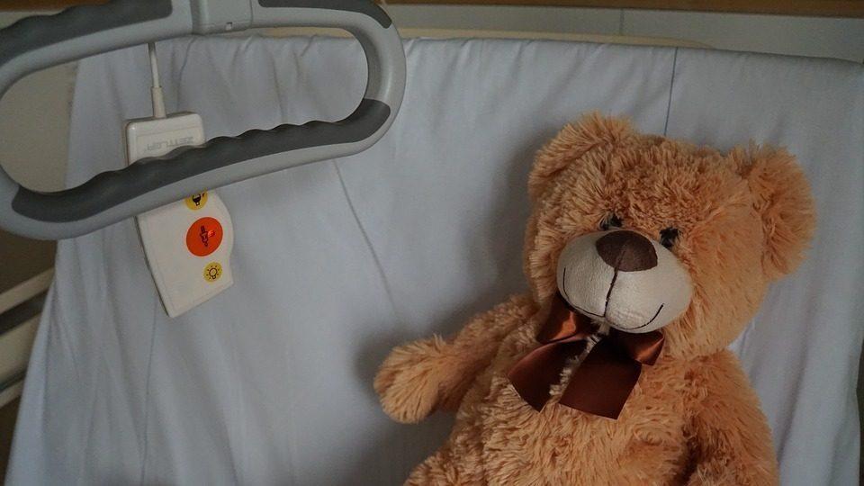 A Londra vogliono sospendere le cure, ospedale italiano si offre per salvarla
