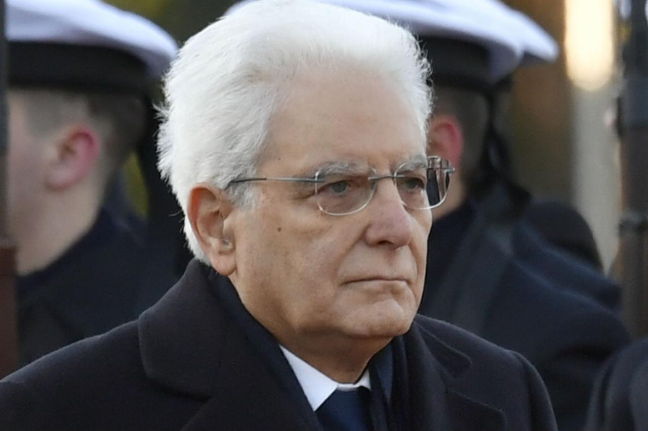 """Violenza sulle donne, Mattarella: """"Resta un'emergenza pubblica, ancora molto da fare"""""""