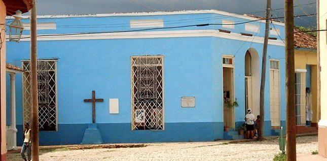 Cristiani sotto attacco a Cuba: libertà religiosa sempre più a rischio