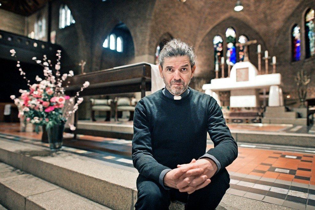 Prete olandese omosessuale, Vaticano ritira le sanzioni