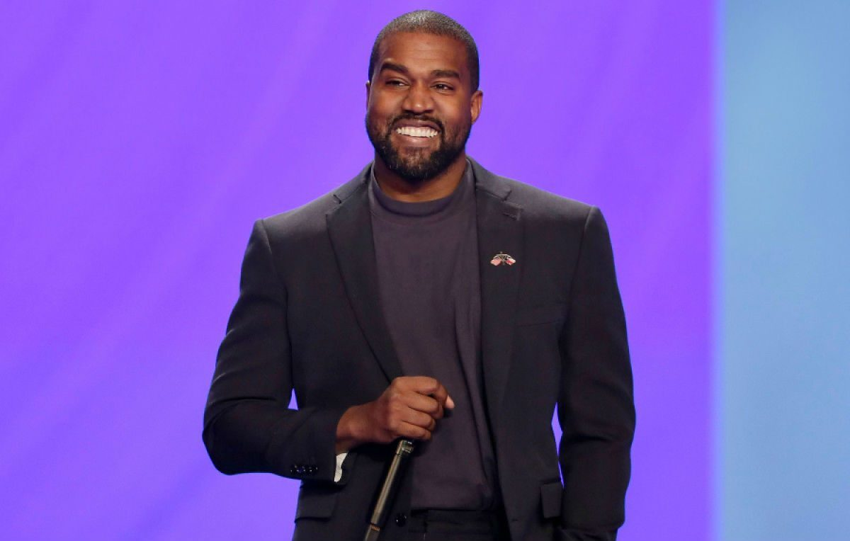 """Usa, Kanye West si candida alle presidenziali: """"Chiamato a servire Dio"""""""