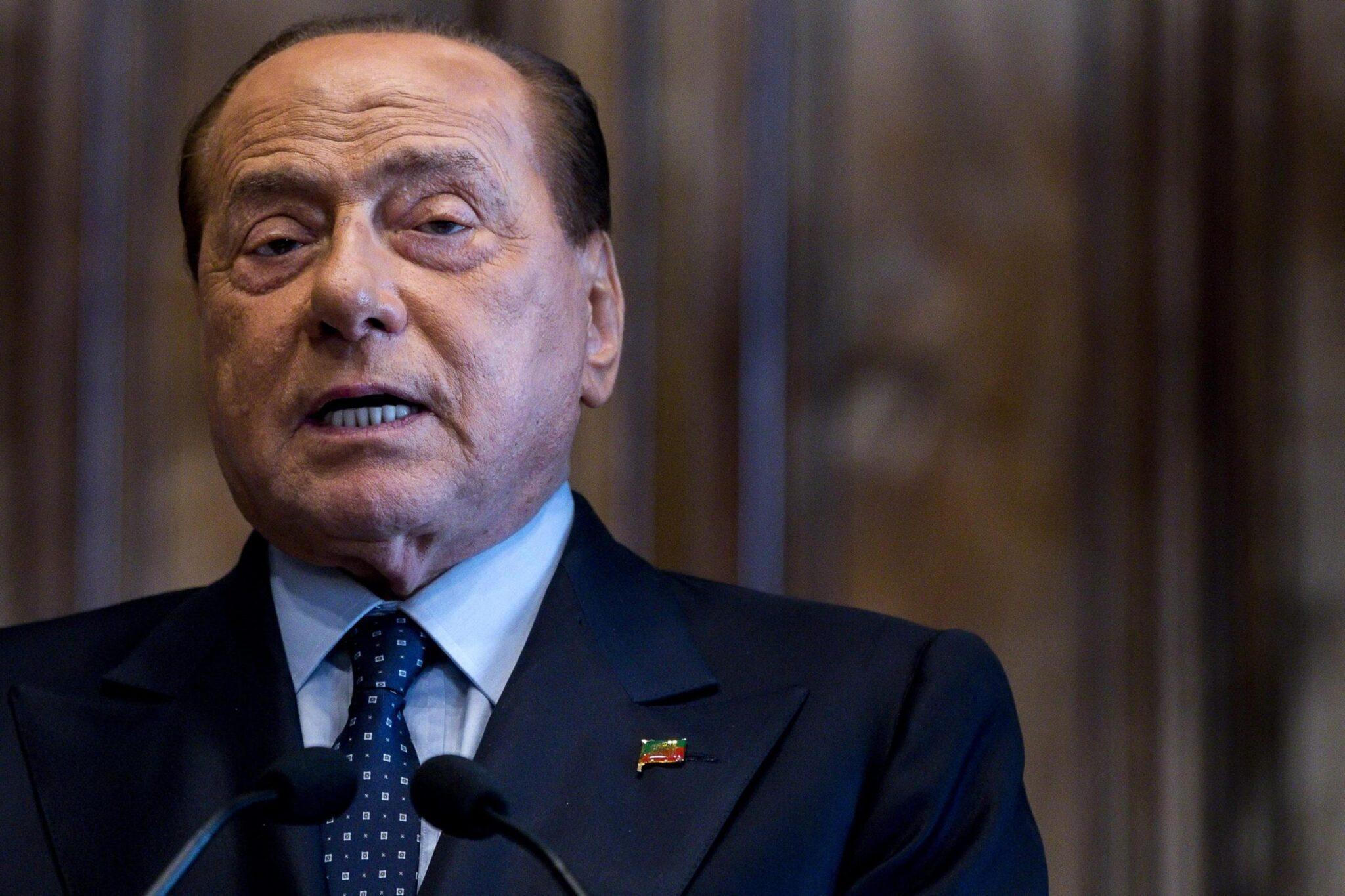 """DDL Zan, Berlusconi: """"Nuova legge è inutile e pericolosa"""""""
