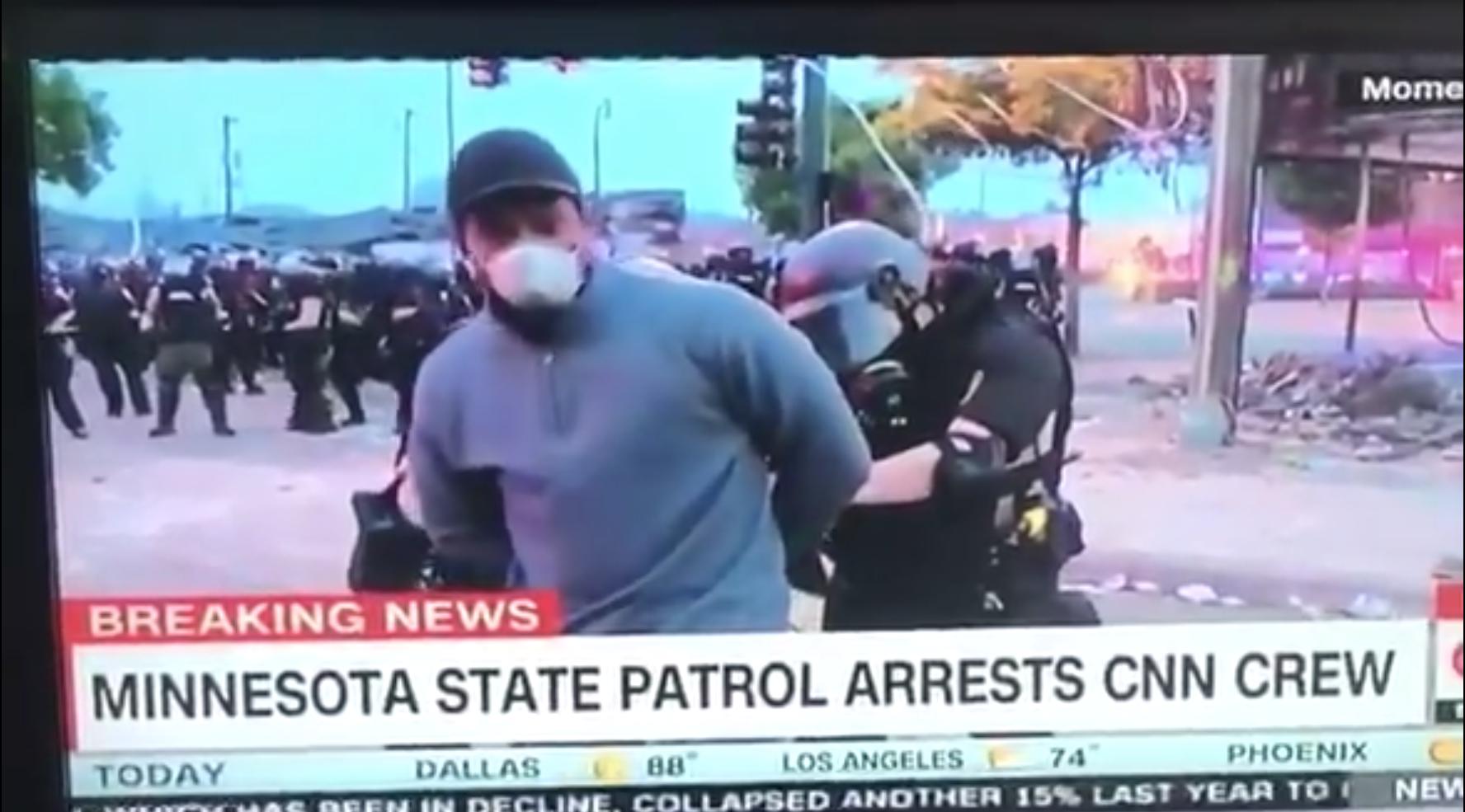 Troupe della CNN arrestata in diretta TV a Minneapolis (VIDEO)