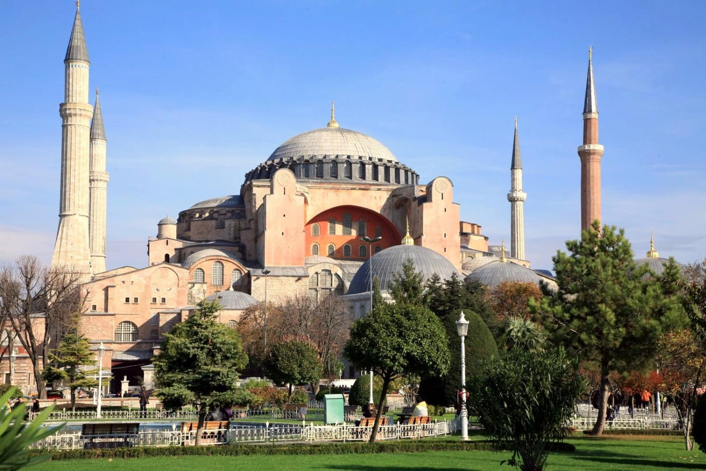 Turchia, Erdogan vuole trasformare la Basilica di Santa Sofia in moschea