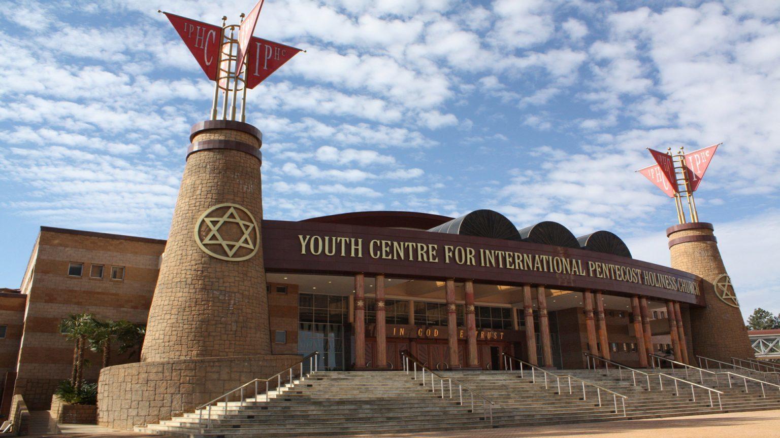 Sudafrica, sotto attacco la Chiesa pentecostale più grande del Paese
