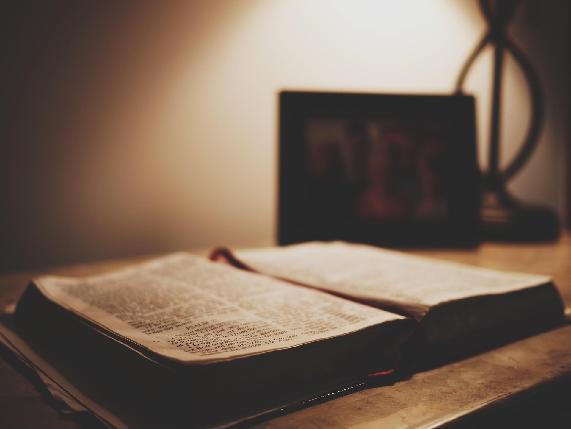 Cina, censurato il nome di Gesù sulle vendite online di libri