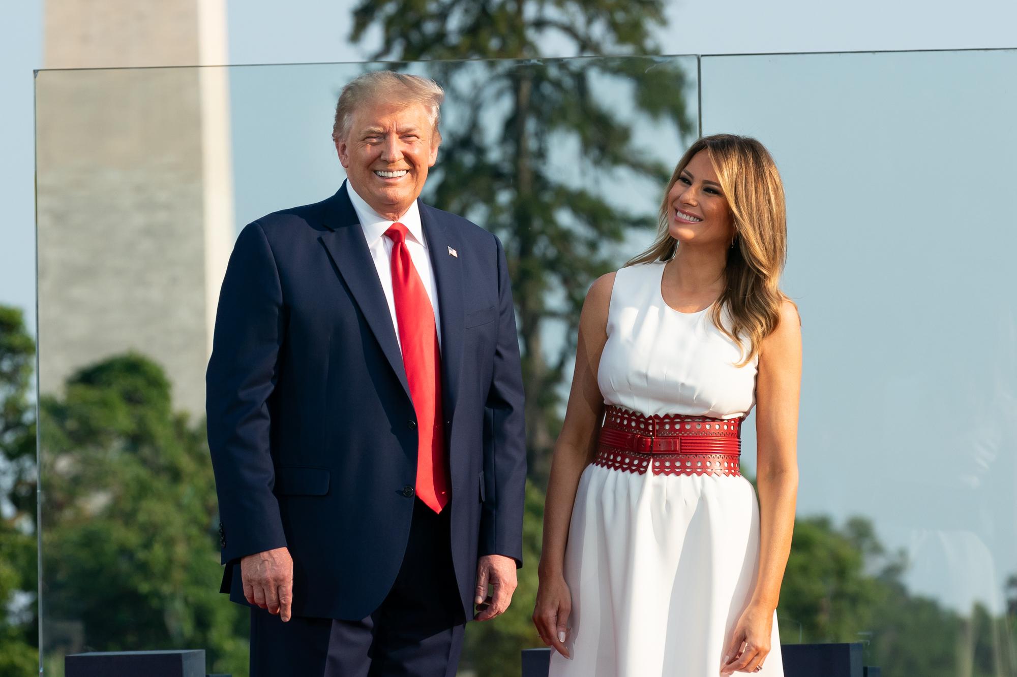 """Trump e la sua escort"", bufera per le parole di Alan Friedman riferite a Melania"