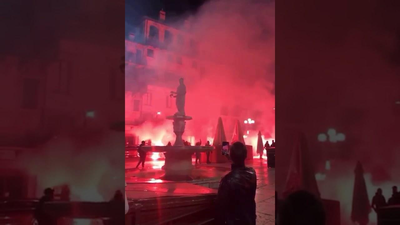 Proteste in tutta Italia: da nord a sud si manifesta contro il nuovo Dpcm