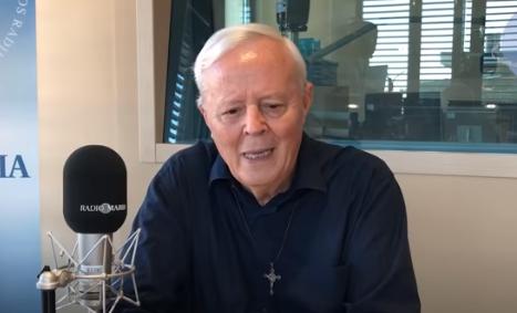 """Covid, il direttore di Radio Maria: """"Complotto per il mondo di Satana"""""""