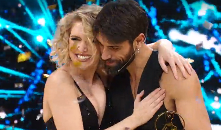 Ballando con le stelle 2020, vince Gilles Rocca: polemica per l'eliminazione di Scardina