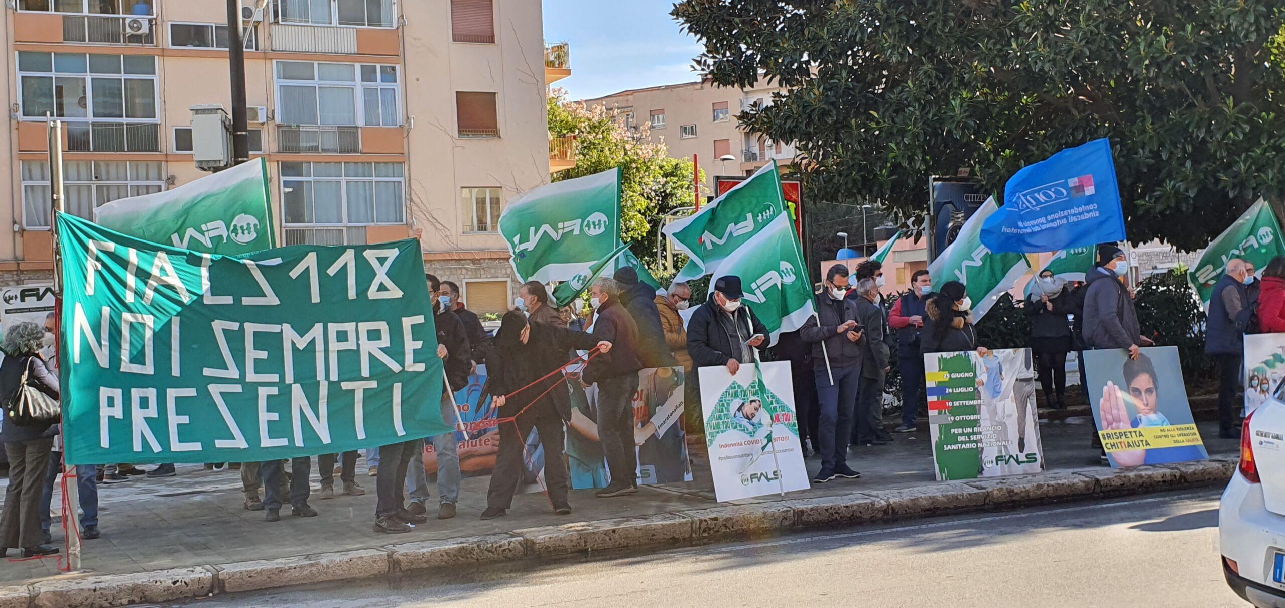 Sanità, la Fials Palermo in piazza per protestare contro i mancati bonus Covid