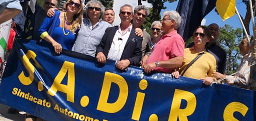"""Sicilia, il futuro dei navigator è incerto. Insorgono i sindacati: """"Riqualificate il personale regionale"""""""