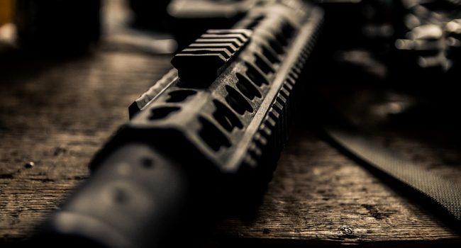 Morte e distruzione in Nigeria: militanti invadono una base militare